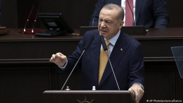 Президент Туреччини Реджеп Ердоган заявив, що готовий підтримати Азербайджан будь-якою ціною