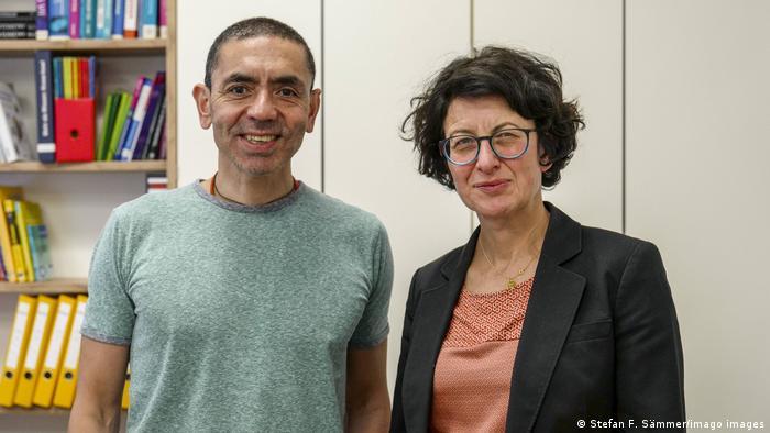 Ugur Sahin y su esposa Özlem Türeci, los dos fundadores de BioNTech.