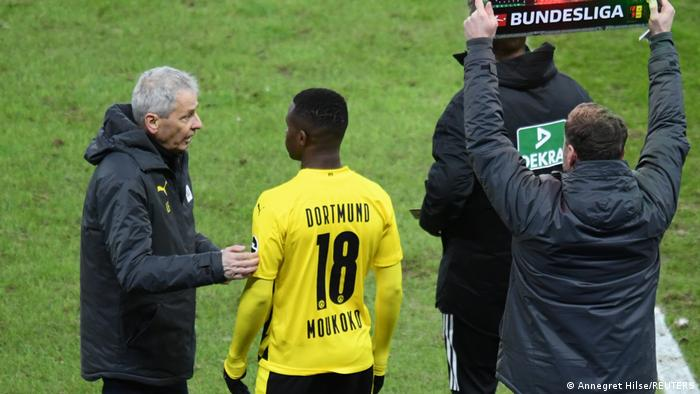 Fußball Bundesliga 8. Spieltag I - Hertha BSC v Borussia Dortmund