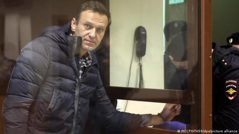 Nuestro país se apoya en la injusticia, dijo Navalny tras escuchar la sentencia