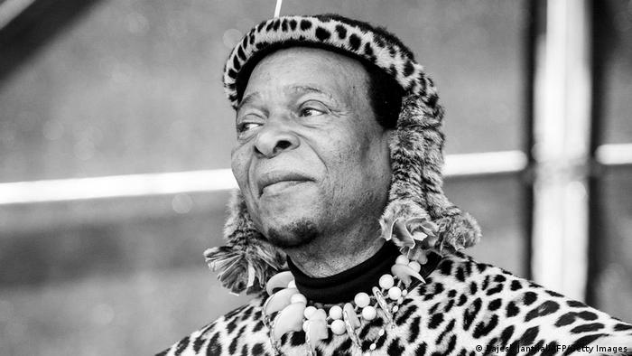 South Africa: Zulu King Goodwill Zwelithini dies aged 72   News   DW    12.03.2021