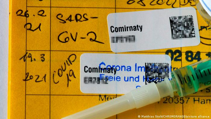Deutschland    Impfpass with Corona-Impfung