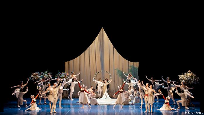 Dancers on stage, a scene from John Neumeier's A Midsummer Night's Dream