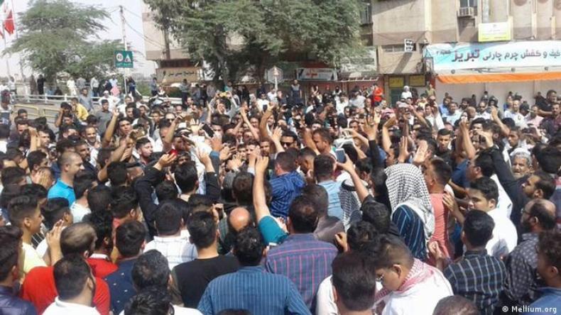 تعداد قربانیان اعتراض به کمآبی در خوزستان به ″سه نفر″ رسید   ایران   DW    17.07.2021