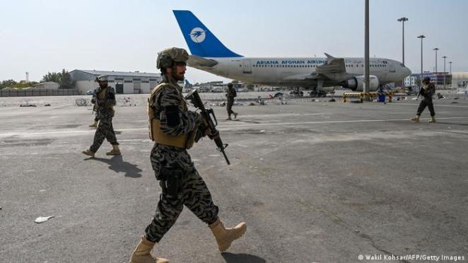 Taliban'ın özel Bedri 313 Tugayı havalimanında güvenliği sağlayacak