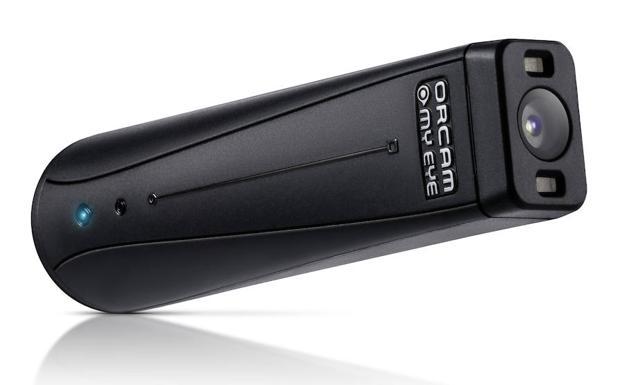 Orcam MyEye 2.0 tiene cámara, flash y es táctil.