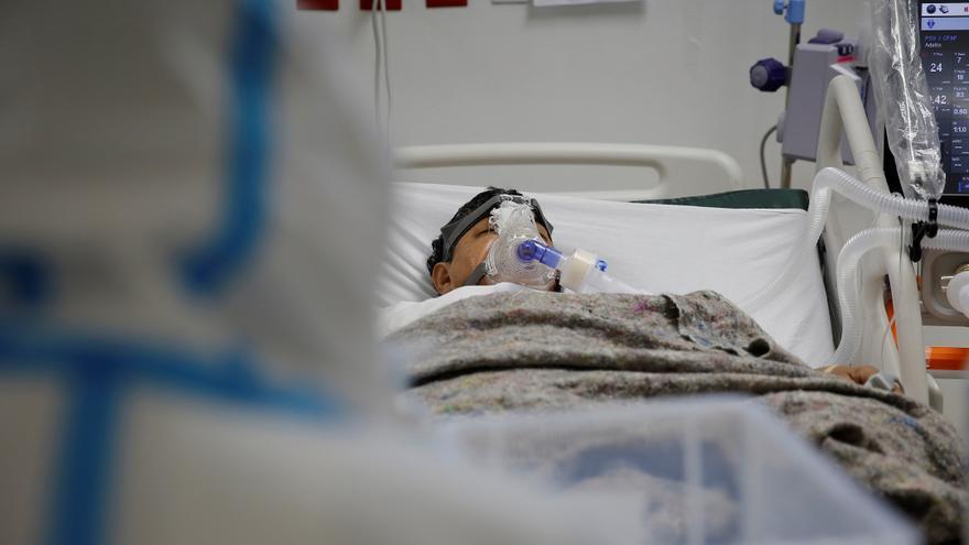 Ministro de Salud confirma aumento de hospitalizaciones por Covid-19