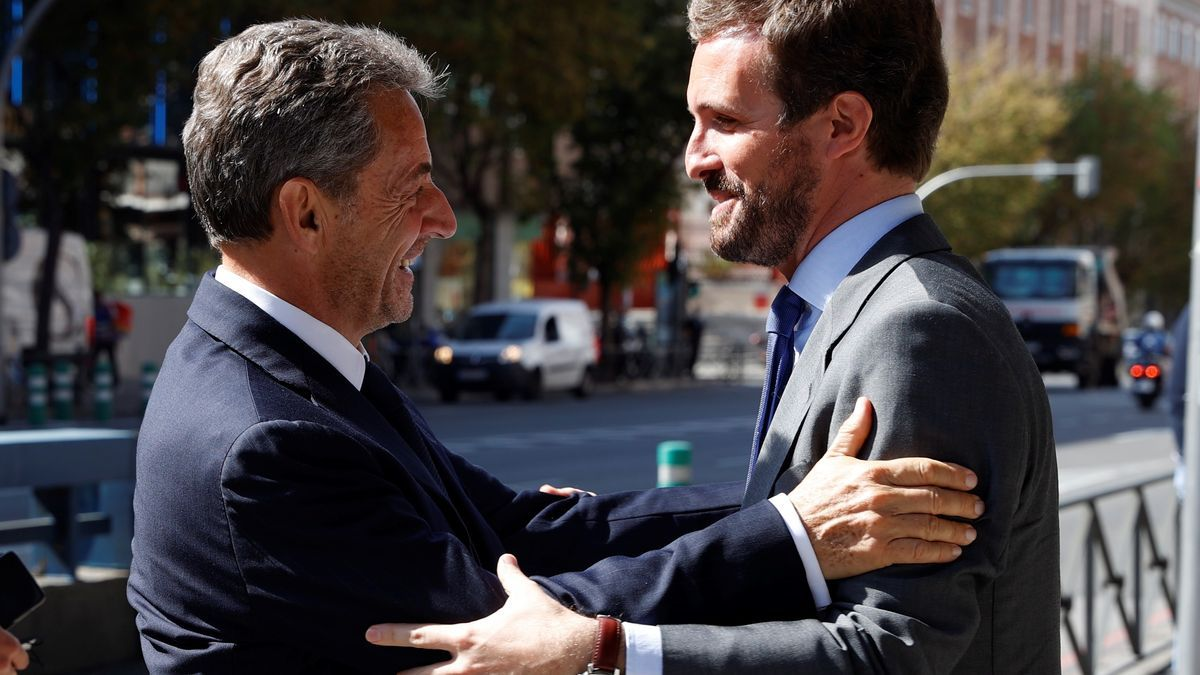 """Casado pide al PP """"tomar el ejemplo"""" de Sarkozy, condenado por corrupción"""