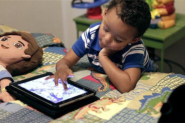 Resultado de imagen para consecuencias de que los niños usen celulares y tabletas