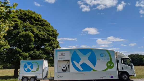 EMEC mobile hydrogen refuelling solution to power aviation ...