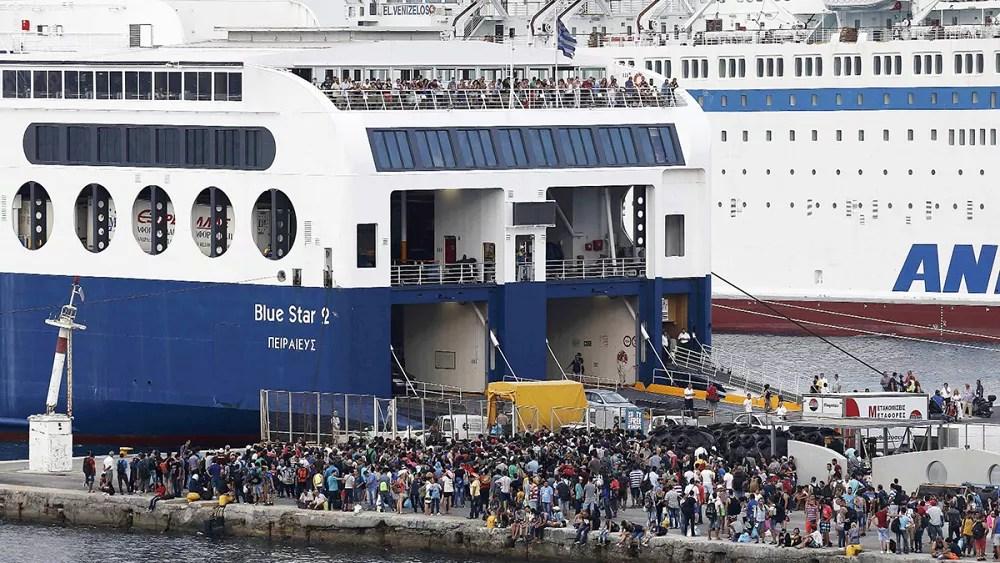 Image result for ocean liner full of refugees pictures