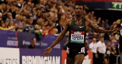 Bildergebnis für Ethiopian teenager smashes 1,500m world indoor record