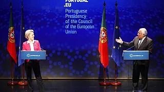 Η πρόεδρος της Ευρωπαϊκής Επιτροπής Ούρσουλα φον ντερ Λάιεν, και ο πρωθυπουργός της Πορτογαλίας, Αντόνιο Κόστα