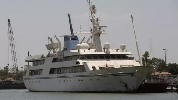 حصري-يخت صدام حسين يتحول لفندق للمرشدين البحريين