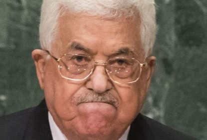 """Résultat de recherche d'images pour """"Photos de Abbas qui menace"""""""