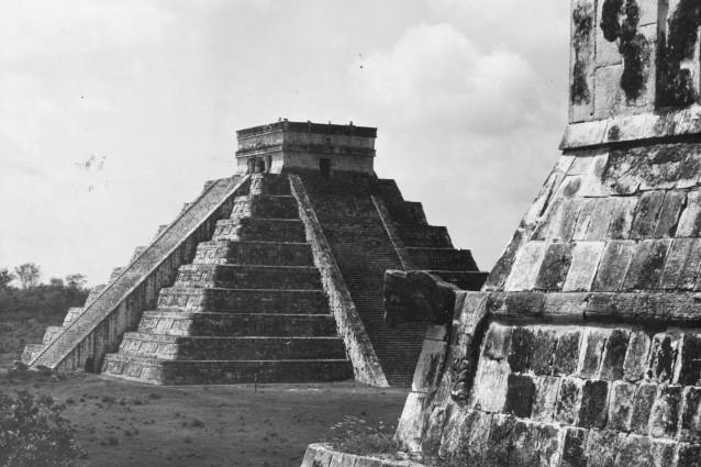 Come la civiltà maya collassò a causa di una lieve siccità.