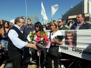 La marcia delle vedove bianche va in scena a Bologna.