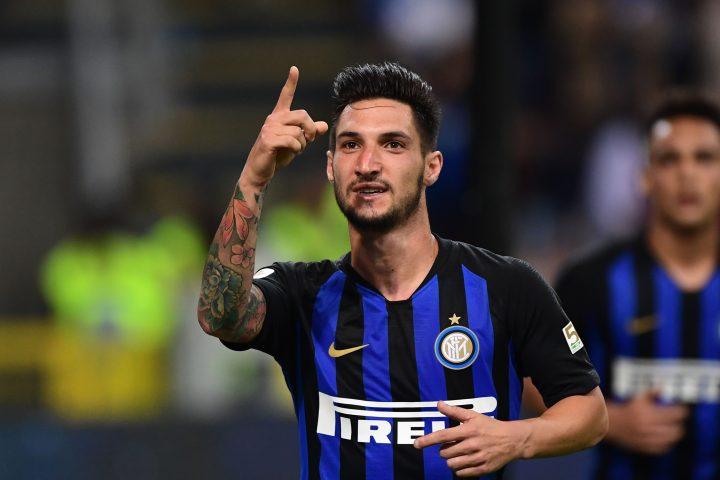 Politano esulta con la maglia dell'Inter | Numerosette Magazine