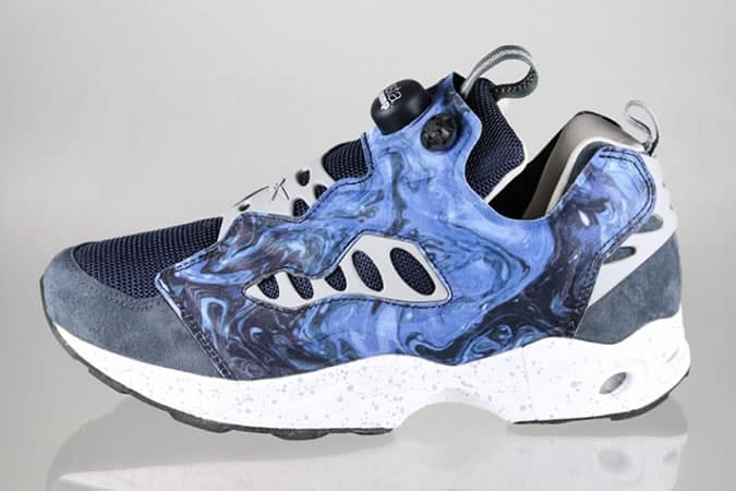 Garbstore x Reebok Insta Pump Fury Road en bleu graphite