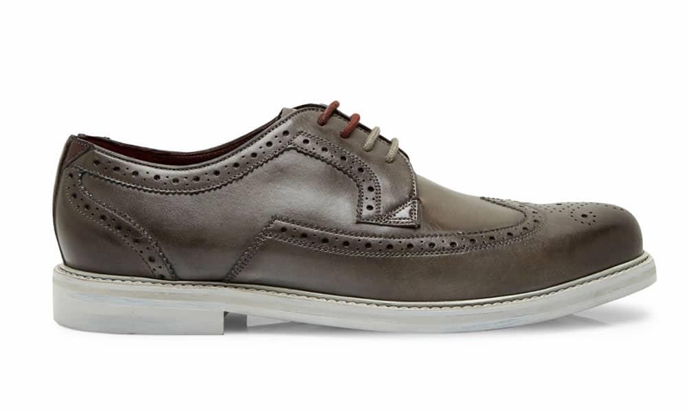 TTANUM3 Chaussures brogues en cuir avec bouts d'aile