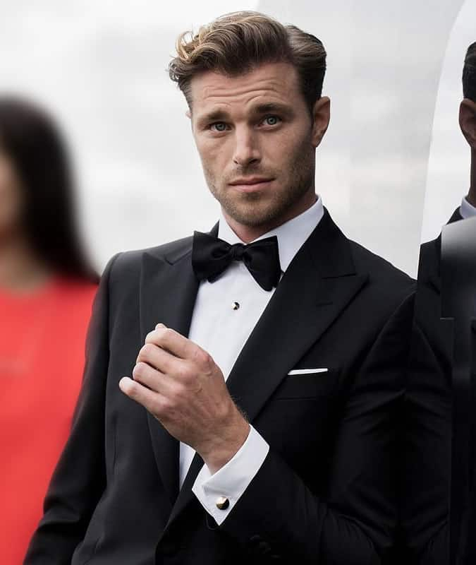 You should always match your metals when dressing for a black tie event