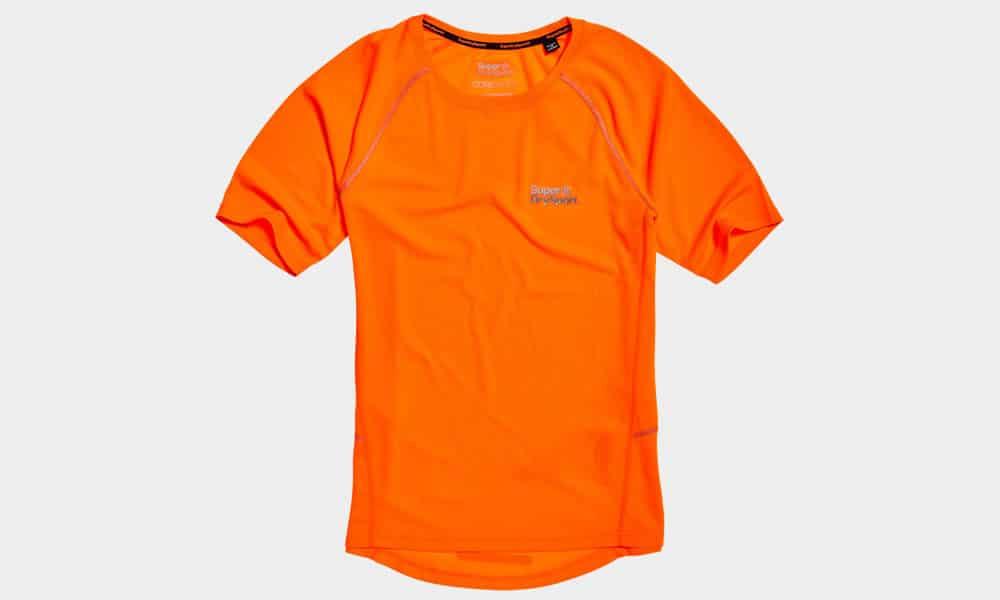 Superdry - T-shirt piqué en maille Core Train Wick