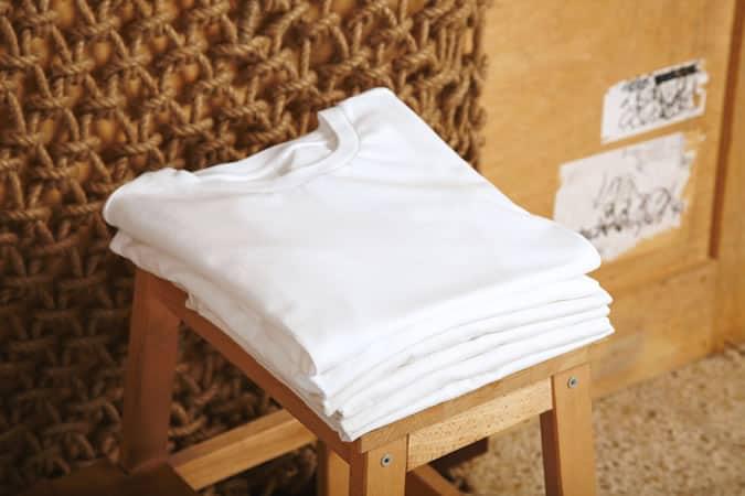 Collection de T-shirts blancs