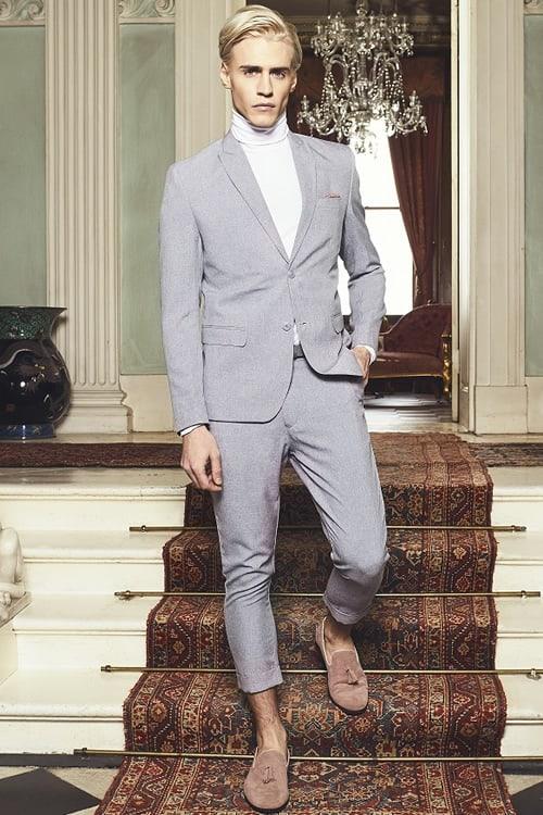 Tendances de couture modernes - pantalon court