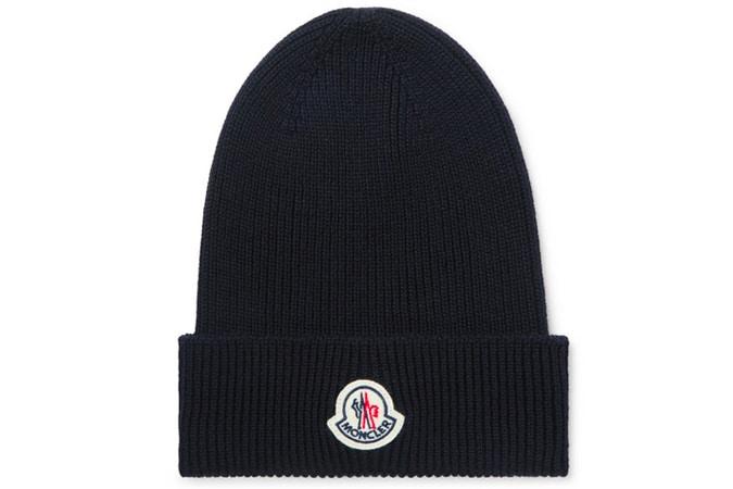 Bonnet en laine côtelée à logo appliqué MONCLER