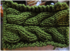 green-cable-scarf