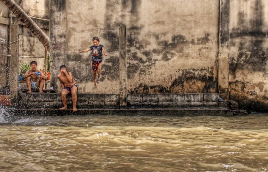 Bangkok Belly Flop