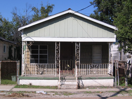 2525 South Johnson Street, Central City