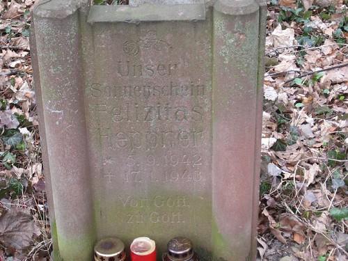 Stary cmentarz na Grabiszynku (II)
