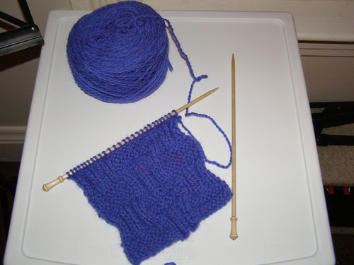 Wyl's scarf-to-be