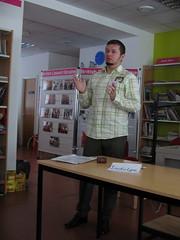 Sergey with art news