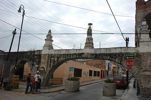 Acambaro - 12 Aqueduct with virgin