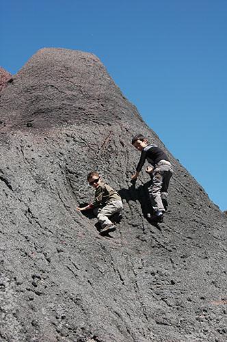Nadav & Ohad climbing up hill in zoo