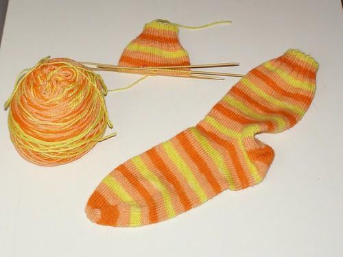 Candy Corn sock #2 begins!