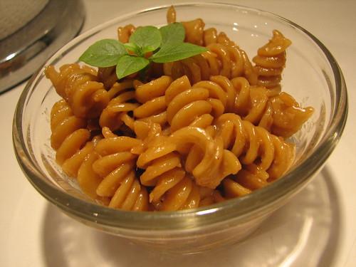 Rainbow Peanut Sauce Noodles