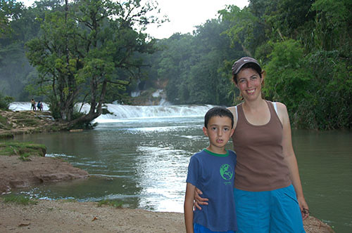 Agua Azul - 07 Mother and Son