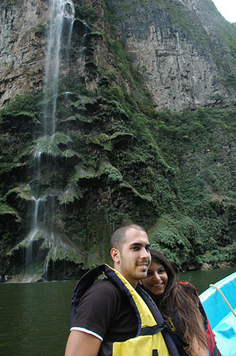 Sumidero Canyon - 16 Dror Maayan near Xmas tree