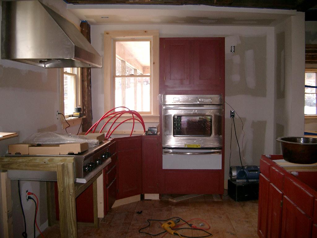 KitchenWithOvenRangeDrawer