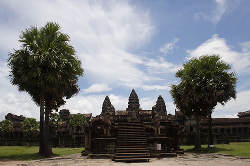 Entrance Angkor Wat