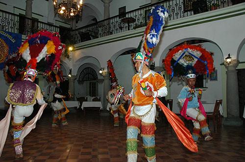 Oaxaca - 14 Headdress dance