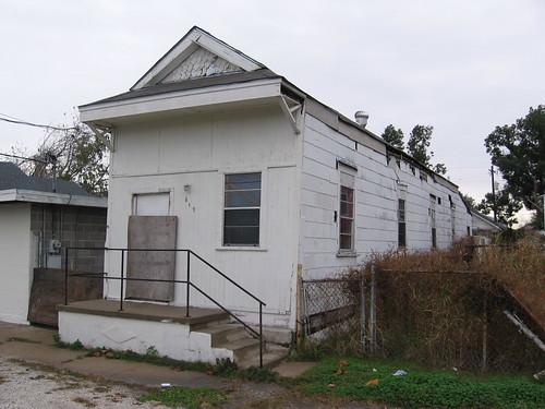 612 North Lopez Street
