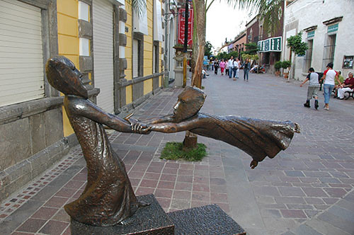 Guadaljara - 13 - Street Sculpture