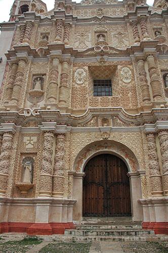 San Cristobal de las Casas - 01 Templo Santo Domingo