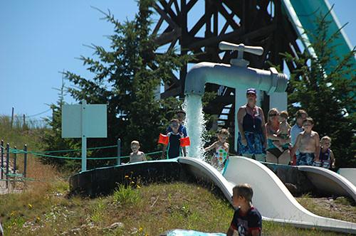 Big Sky Waterpark - Ohad and Nadav in Kiddie Slide