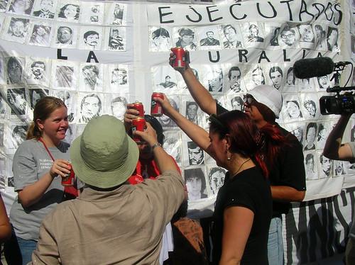 Muerte Pinochet, Plaza Italia