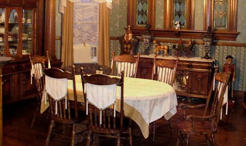 Georgian Pillars - Dining Room.jpg